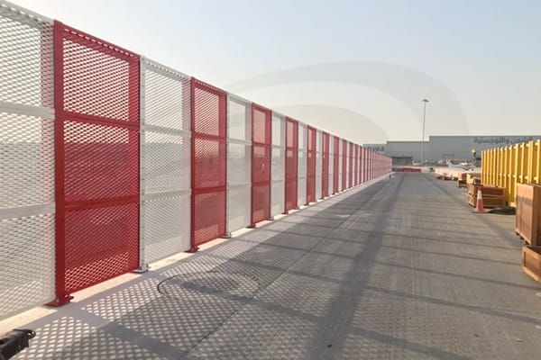 airport-barrier3-th