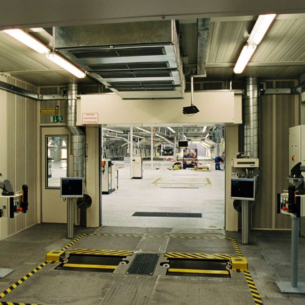 automotive-acoustic-testing-bmw-f14853a0