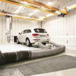 automotive-acoustic-testing-suv-f4c54a54