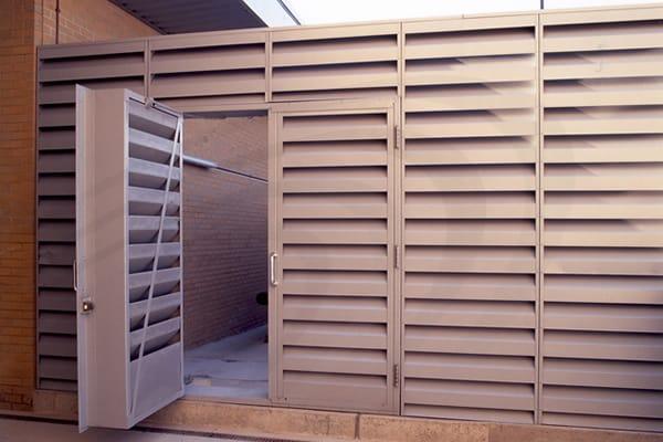 louvres-doors